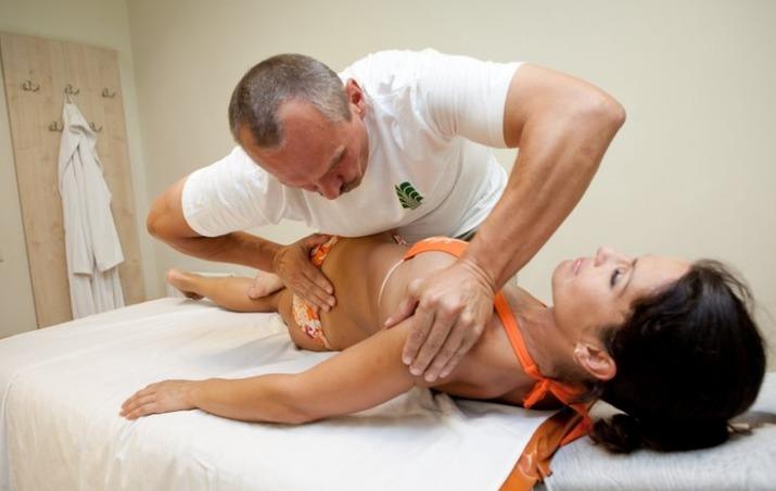 Мануальная терапия при сколиозе грудного отдела