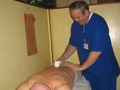 Лазерная терапия при остеохондрозе