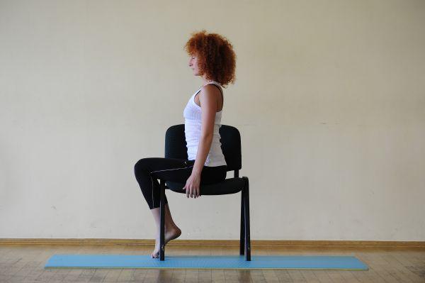 Гимнастика на стуле при грыже позвоночника