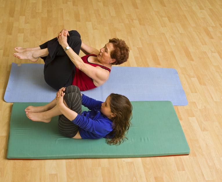 Физические упражнения для детей при сколиозе
